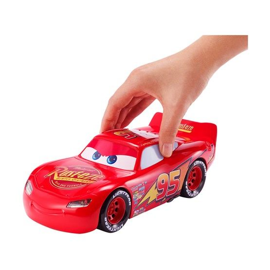 Disney Cars 3, Movie Moves McQueen